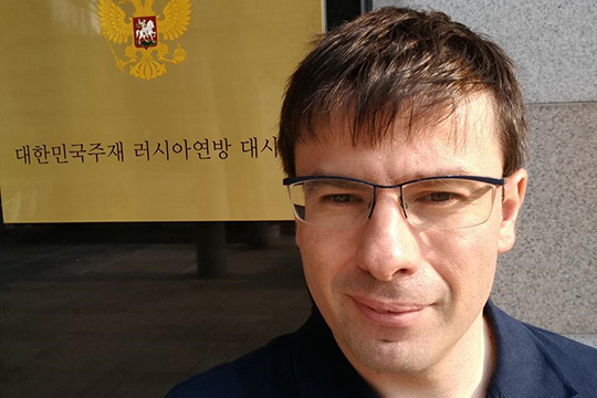 Отечественная дипломатия в лицах: интервью с Даниилом Чехланем