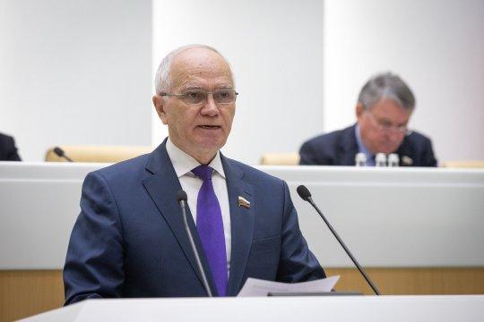 Сенаторы РФ примут участие в наблюдении за референдумом по Конституции Киргизии – Ф. Мухаметшин
