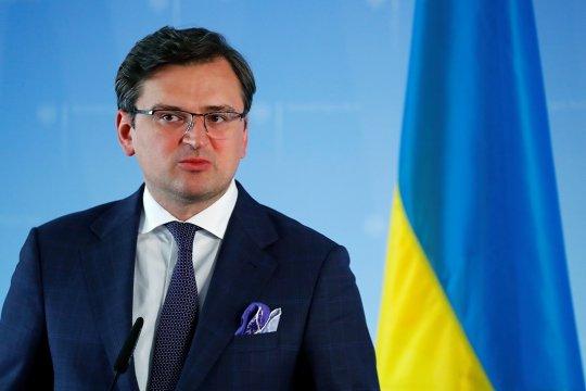 Кулеба заявил, что Киев нацелен на дипломатическое решение конфликта в Донбассе