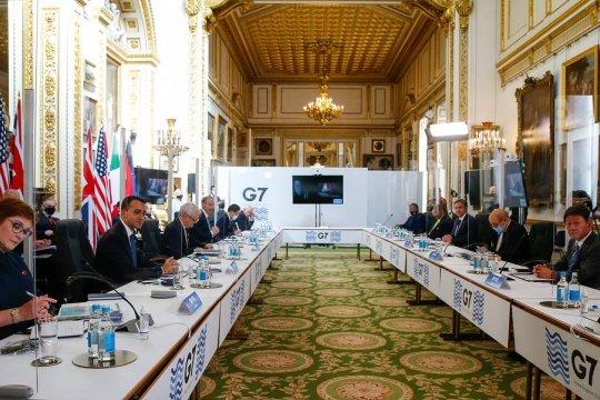 Главы МИД G7 выразили обеспокоенность действиями России и Китая