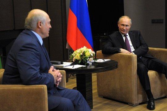 Путин назвал «всплеском эмоций» реакцию на инцидент с самолетом Ryanair