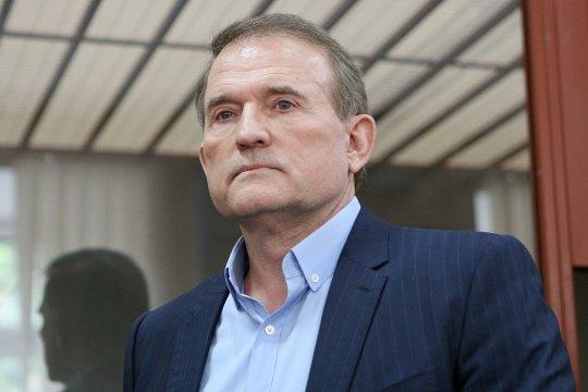 В поисках государственной измены, или почему судят Медведчука?