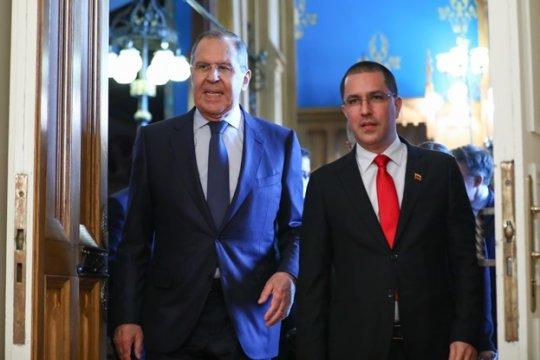 Россия поддерживает решение ЕС направить наблюдателей в Венесуэлу