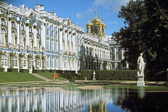 В Екатерининском дворце вновь открыт Лионский зал