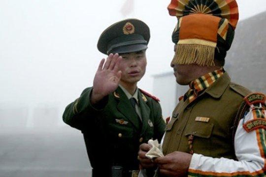 В Китае назвали ложными сообщения об усилении напряжённости на границе с Индией