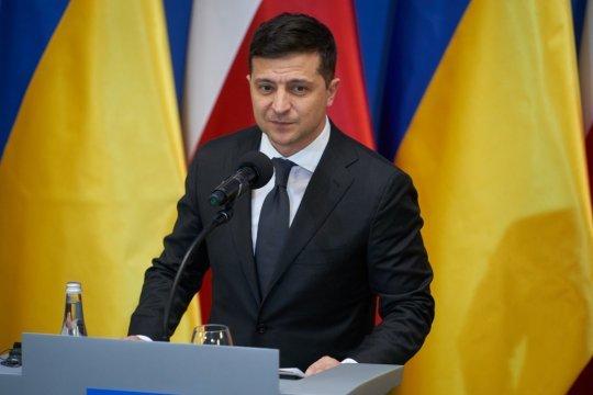 Зеленский заявил о праве Украины стать полноправным членом НАТО