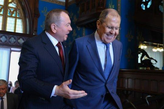 Владимир Макей призвал не волноваться из-за санкций