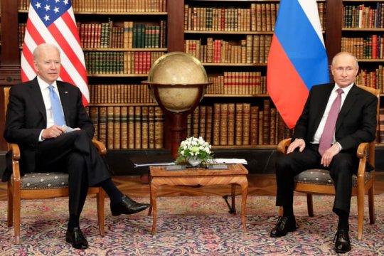 Путин и Байден договорились о возвращении послов России и США в Вашингтон и Москву