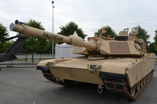 Глава Минобороны Польши рассказал о назначении закупленных в США танков