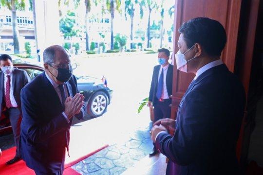 Лаос просит поставить «Спутник V» как гуманитарную помощь
