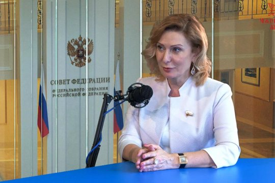 «Визави с миром». Инна Святенко: политики должны понимать приоритеты населения