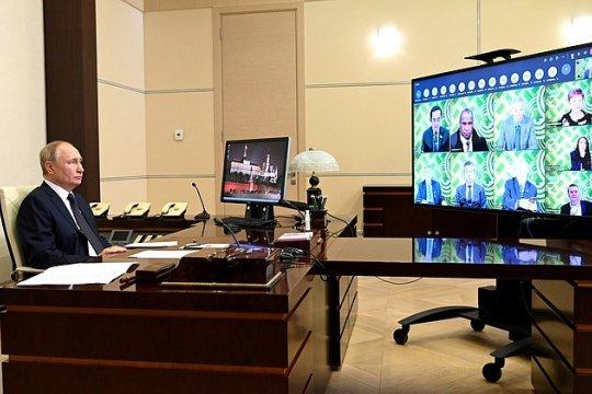 Путин пригласил представителей стран АТЭС на Восточный экономический форум