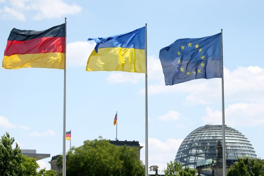 В Минобороны Германии заявили об отмене встречи главы ведомства с Зеленским