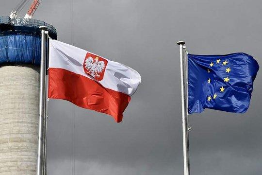 Израиль и Польша взаимно отзывают послов из-за польского закона о реституции