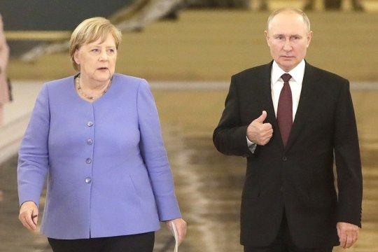 В Кремле завершились переговоры Путина и Меркель