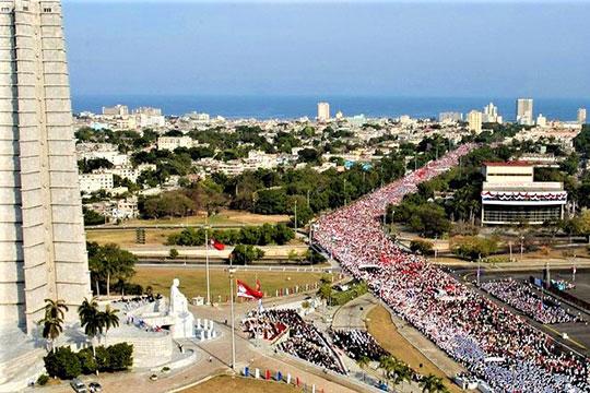 Куба, «застрявшая в прошлом» или «устремленная в будущее»? Как Гавана противостоит «цветным революциям»