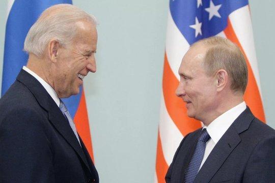 WSJ: Путин призывал Байдена отказаться от присутствия США в Средней Азии