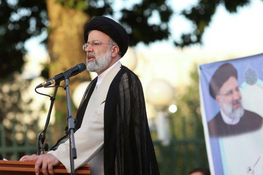 Эбрахим Раиси утвержден президентом Ирана