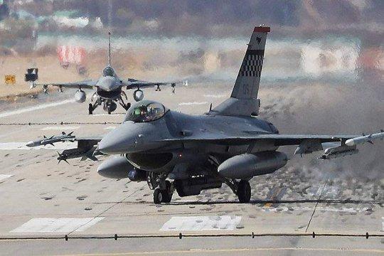 ВВС США нанесли авиаудары по позициям талибов на юге Афганистана