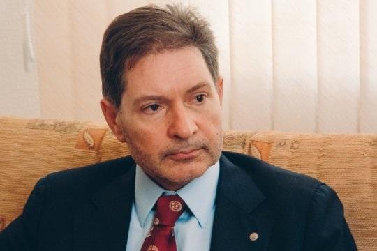 Андрей Безруков: Россия пока не может отгородиться от IT-гигантов