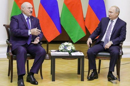 Лукашенко намерен обсудить с Путиным ситуацию в Афганистане