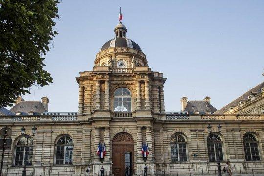 Во Франции заявили о необходимости остаться в НАТО после разрыва контракта на строительство субмарин
