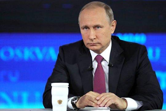 Путин продлил контрсанкции еще на год