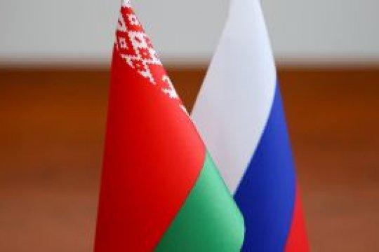 Лукашенко заявил о закупках российского оружия на миллиард долларов