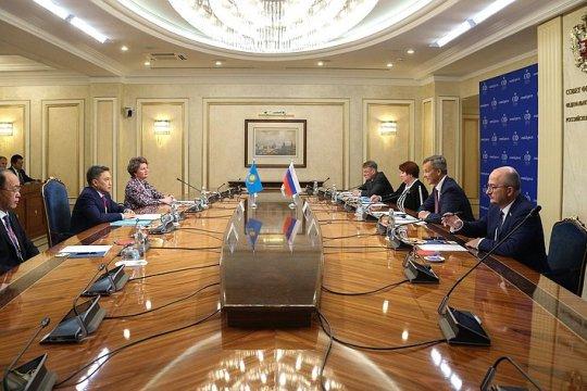 А. Яцкин: Совместная работа в формате российско-казахстанской межпарламентской комиссии имеет большой практический потенциал