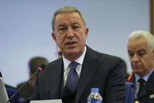Глава Минобороны Турции: место и время нанесения удара по террористам определит Эрдоган