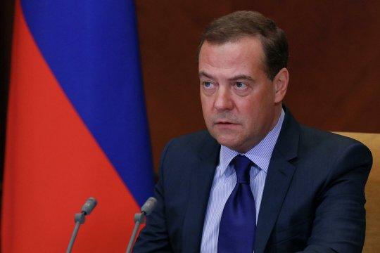 Дмитрий Медведев: «нынешнее руководство Украины – невежественные и необязательные люди»