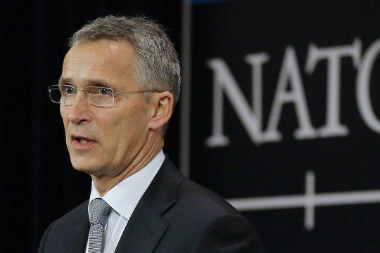Столтенберг объяснил высылку аккредитованных при НАТО российских дипломатов