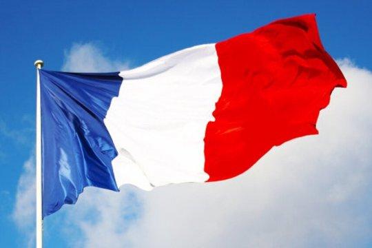 Франция: «Мы наш, мы новый мир построим»… но это не точно