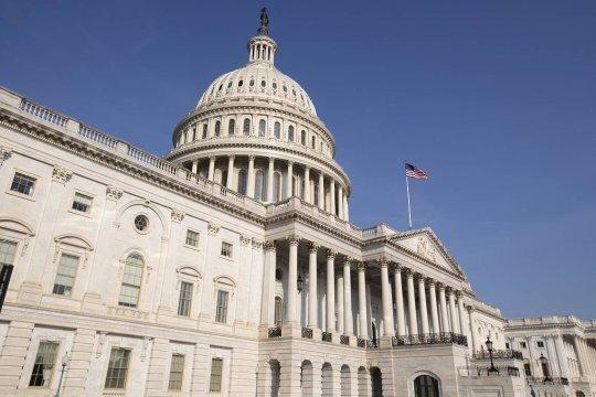 В Конгрессе США утвердили временный бюджет во избежание шатдауна