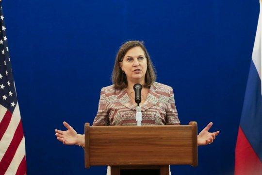 Виктория Нуланд прибыла на переговоры в Москву