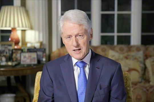 Бывший президент США Билл Клинтон госпитализирован