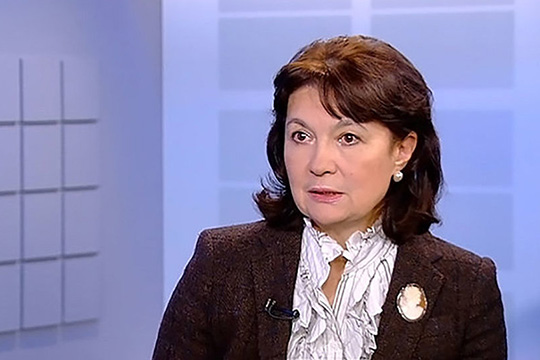 Евгения Обичкина: Макрону необходимо изменить мнение о своем президентском правлении