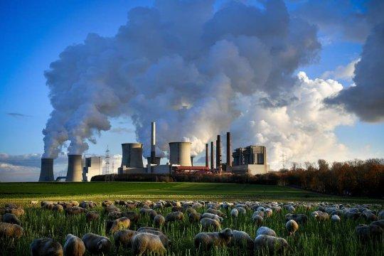 Как «зеленый курс» оказался угрозой для Европы и Америки