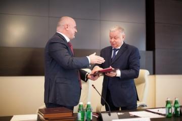 А. Клишас: Совет Федерации и ФМС России плодотворно взаимодействуют при разработке законов в сфере миграционной политики