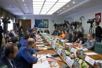 Ю. Воробьев: Обстановка на Юго-Востоке Украины заставляет продолжать поиск путей реализации Минских соглашений