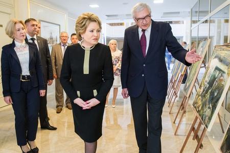 В. Матвиенко открыла в Совете Федерации выставку портретов ветеранов-героев Великой Отечественной войны