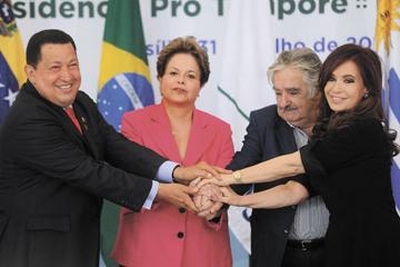 Меркосур:  Чавеса приняли как родного