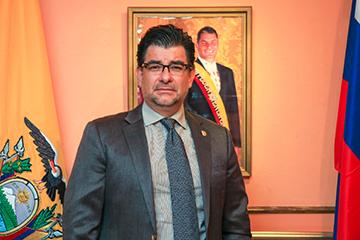 Чрезвычайный и Полномочный Посол Эквадора в России Патрисио Альберто Чавес Савала  «Эквадор решительно меняется к лучшему»