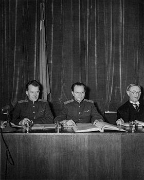 Член трибунал от СССР генерал-майор юстиции И.Т. Никитченко