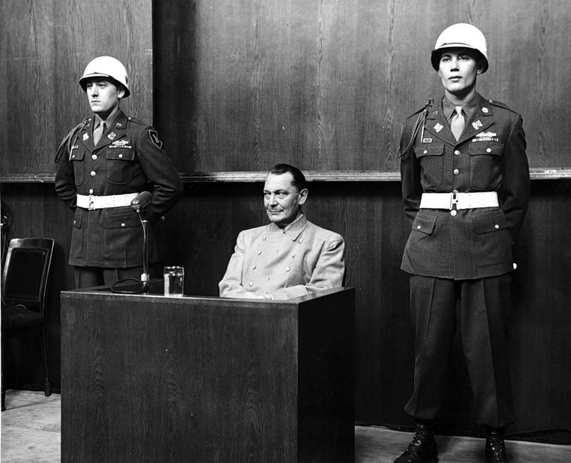 Геринг отвечает на вопросы суда