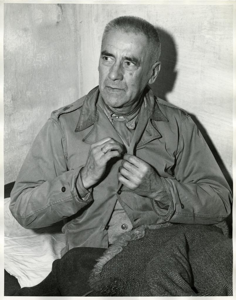 Обвиняемый Вильгельм Фрик в своей камере