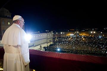 Новый человек в Ватикане: «Зовите меня просто Франциск»