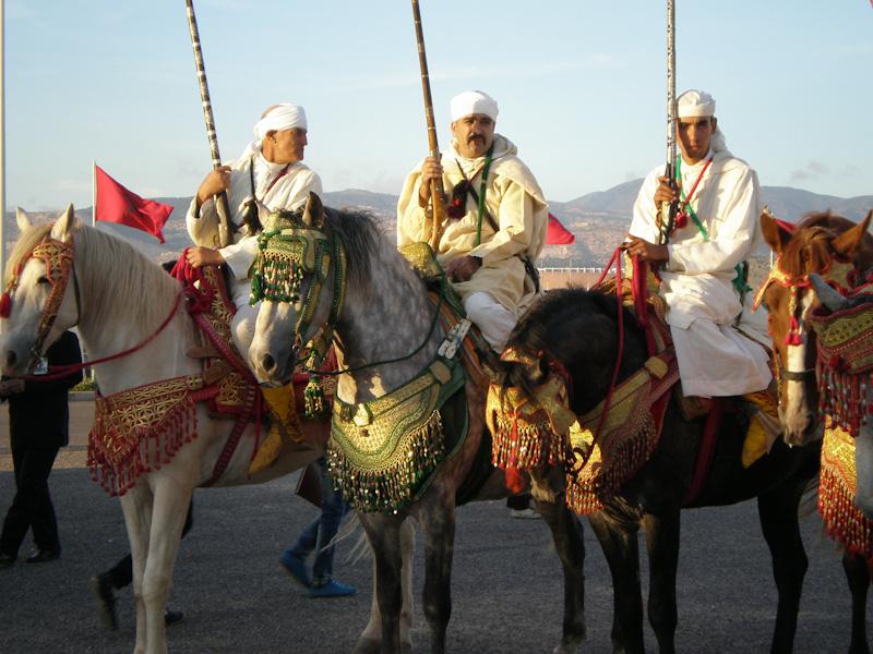 Гостей SIFEL Agadir встретили всадники в национальных нарядах