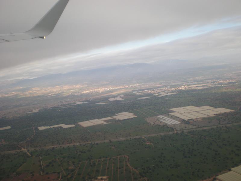 Так выглядят многочисленные овощные теплицы провинции Агадир с высоты полета
