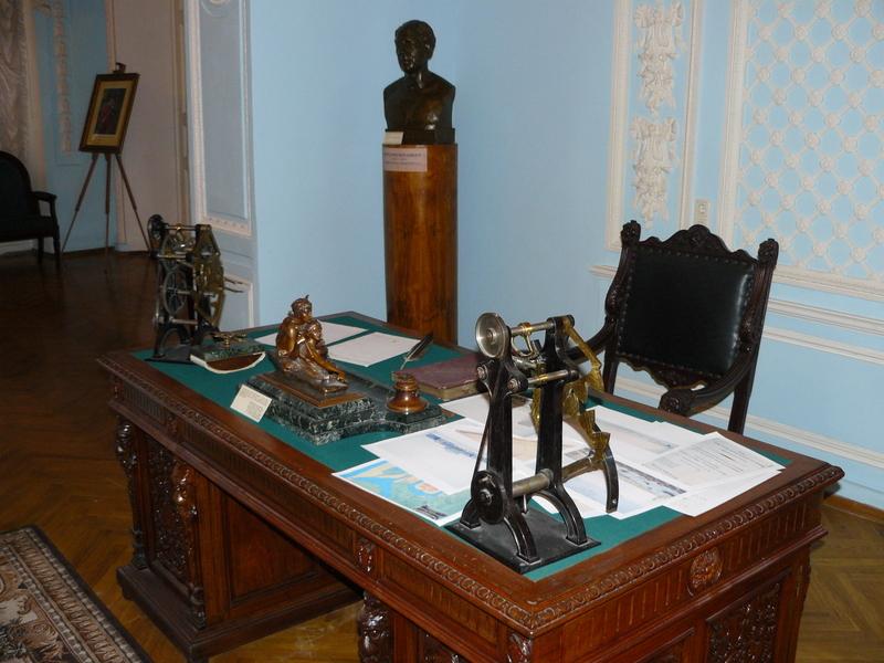 Экспонаты Кабинета Бетанкура ПГУПС.